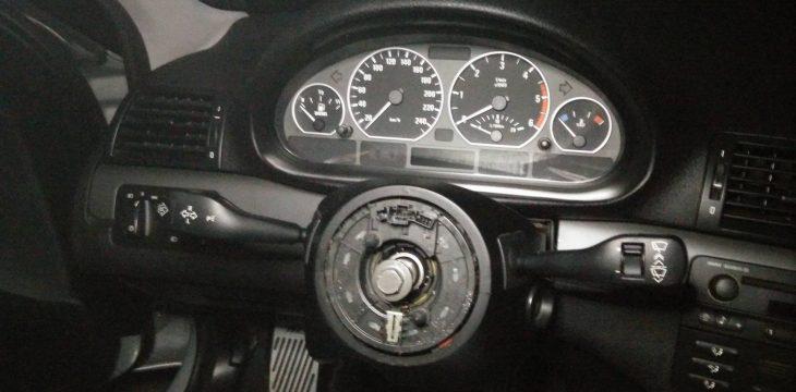 Demontaż kierownicy BMW E46 – jak to zrobić?