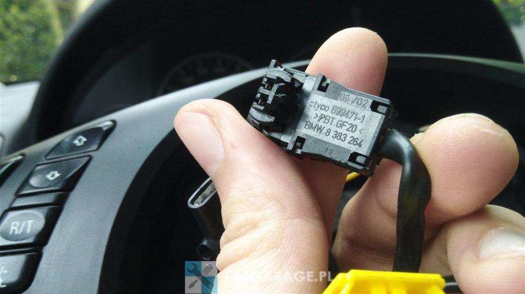 Demontaż kierownicy BMW E46 jak to zrobić poradnik-8-1